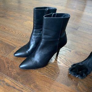 💙2/25$💙Gorgeous Leather Le Chateau Boots
